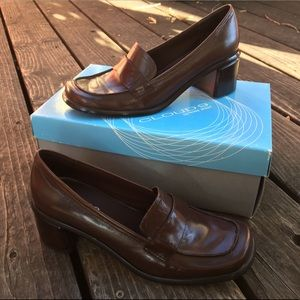 Nine West Brown Leather Loafers Size 6